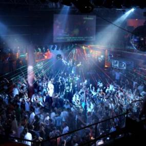 Visit smashing night club in Munich and dance the night away!
